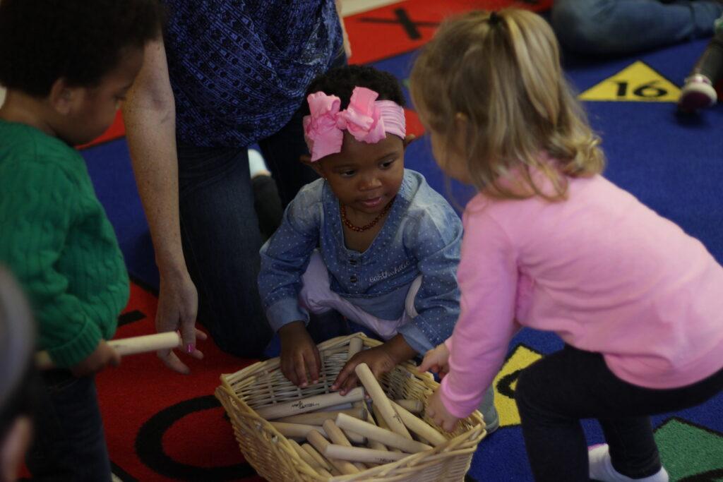 Children in a Musikgarten Toddler Class